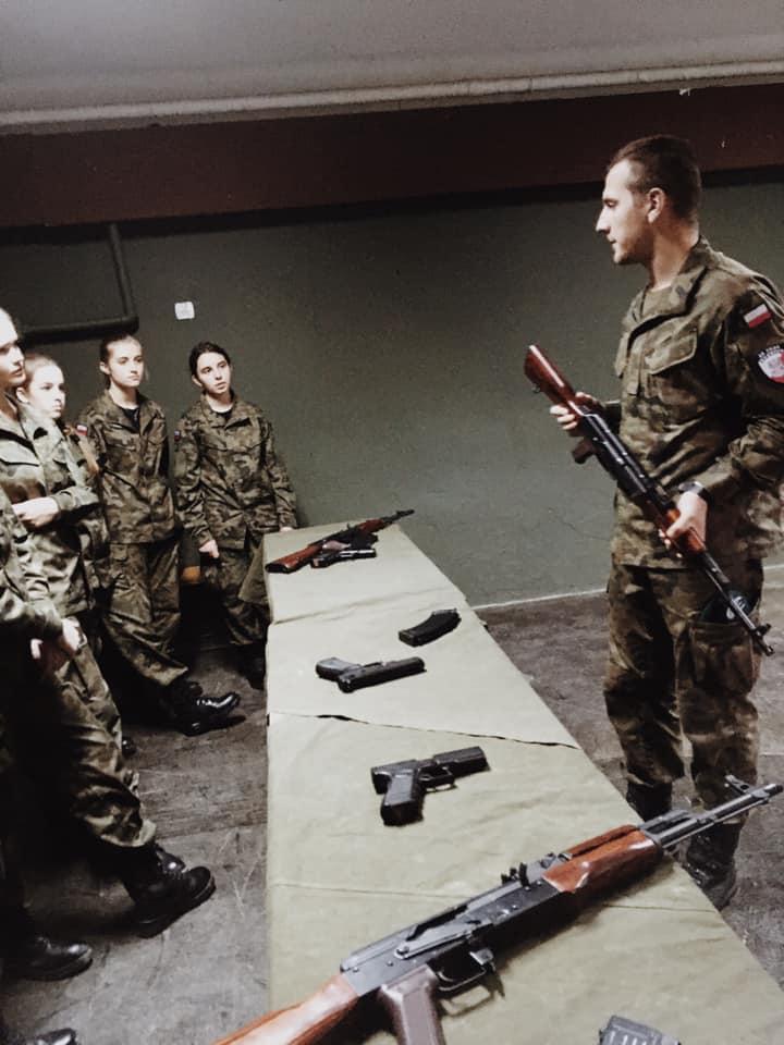 Szkolenie medyczne, strzelnica laserowa, regulaminy.